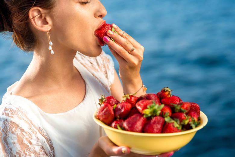 100 gramów truskawek to tylko 35 kcal