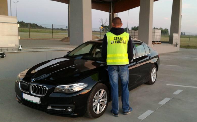 617104dffcac0 Funkcjonariusze Straży Granicznej z Budomierza zatrzymali BMW o wartości  200 tys. zł. Pojazd został