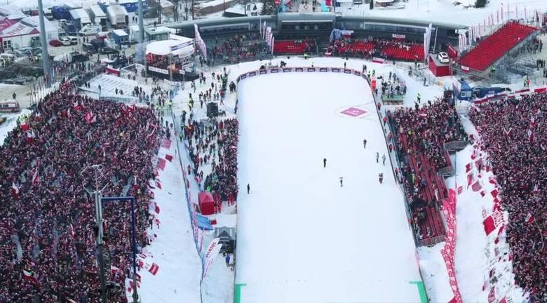 Dziś konkurs indywidualny:Maciek Kot 126 metrów i 4 miejsce po swoim skoku Paweł Wąsek 129 metrów