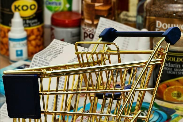 Business Insider Polska opublikował zestawienie cen żywności na przestrzeni ostatnich lat, przygotowane przez ekspertów banku BNP Paribas. Wnioski z