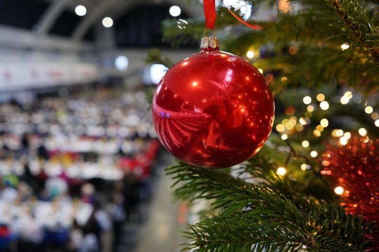 Życzenia świąteczne na Boże Narodzenie 2020: idealne świąteczne życzenia do wysłania SMS-em oraz krótkie i rymowane wierszyki [10.12]