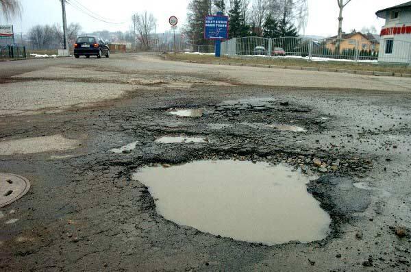 Akcja Nowin: razem poszukajmy dziur w drogach