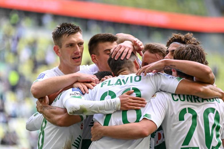 Kto najskuteczniejszy w Lechii Gdańsk w sezonie 2020/21? Kto jest na prowadzeniu? Jak zmieniła się klasyfikacja? [ranking]