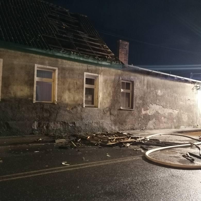 Tragiczny pożar w Koronowie. Mężczyzna zmarł pomimo reanimacji
