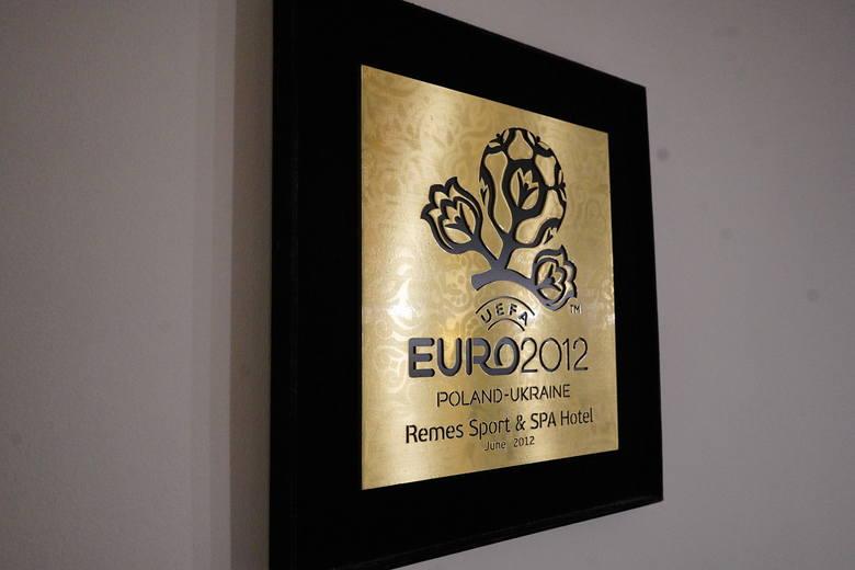 Hotel Remes w Opalenicy jest oficjalnym ośrodkiem rekomendowanym przez UEFA. Podczas Euro 2012 w Polsce i Ukrainie przebywała w nim reprezentacja Portugalii