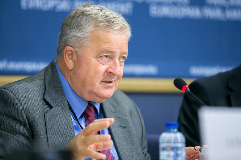 W Brukseli głosowali w sprawach Wspólnej Polityki Rolnej po 2020 roku. Ważne zmiany w dopłatach i programie rozwoju