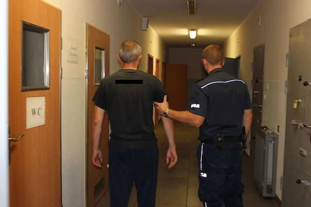 Dobrzyń nad Wisłą: Uśmiercili cztery szczenięta. Nie unikną kary
