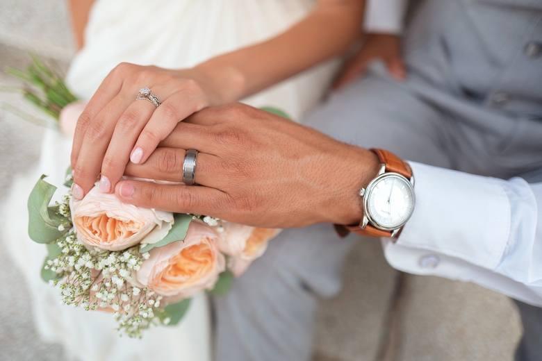 Sprawdziliśmy, ile małżeństw zawarto w województwie podkarpackim w pierwszej połowie 2019 r.ZOBACZ TEŻ: Czy odwoływać ślub gdy ma się wątpliwości?