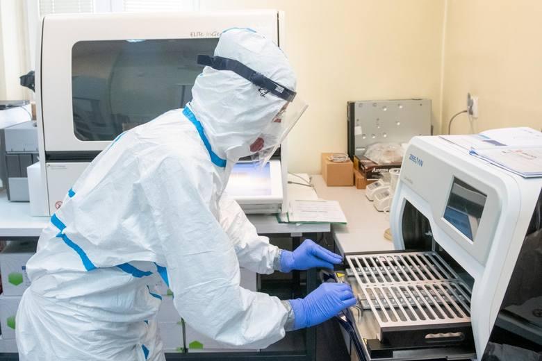 Trzy nowe przypadki wystąpienia zgonu z powodu zachorowania na koronawirusa w Podlaskiem