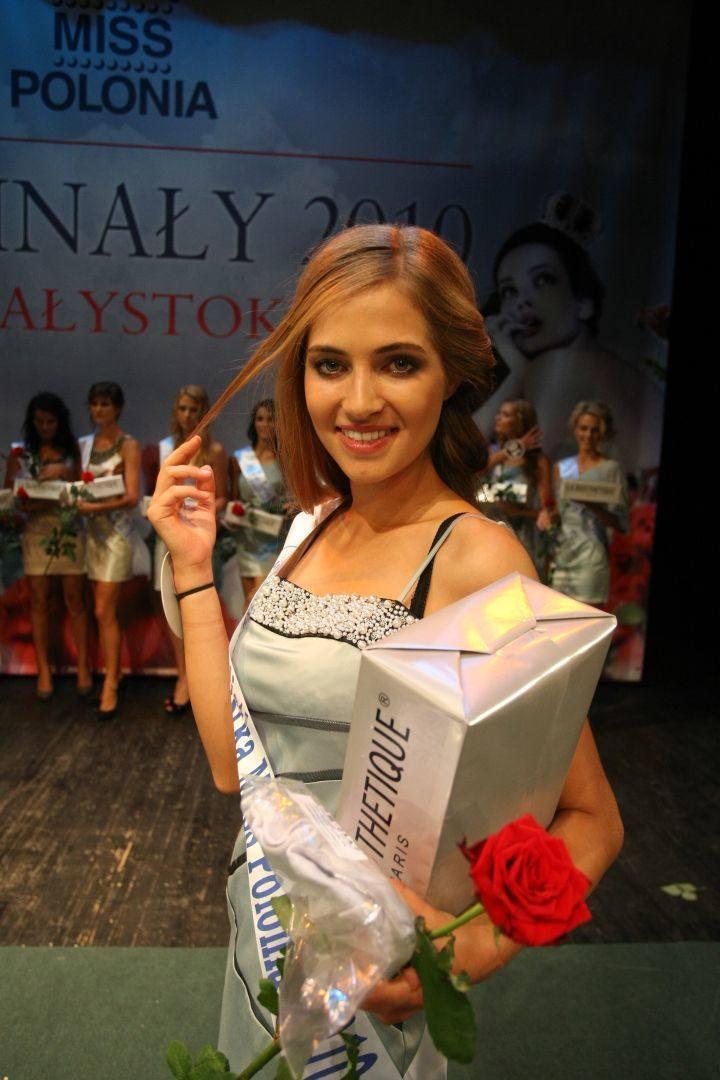 Rozalia Mancewicz po zdobyciu tytułu Miss Polonia 2010
