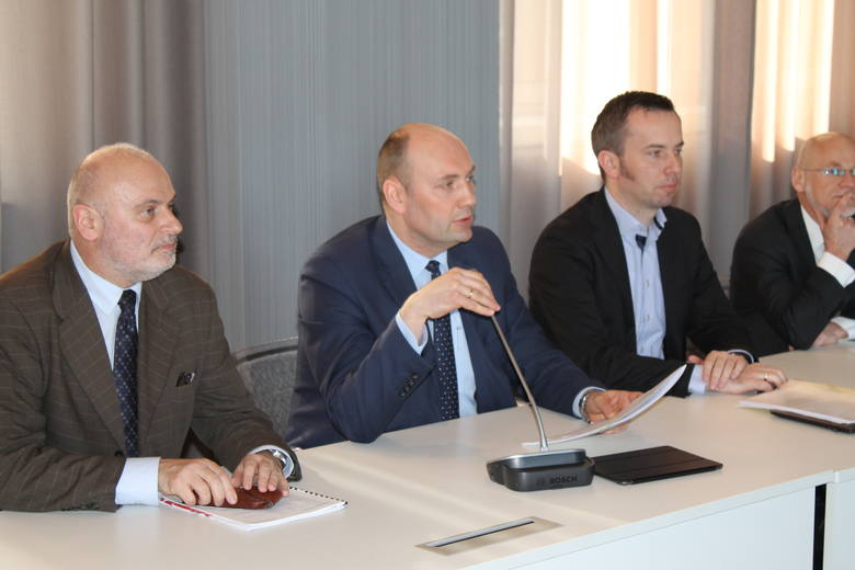 Spotkaniu Komisji Wspólnej Rządu i Mniejszości Narodowych i Etnicznych przewodniczyli Sebastian Chwałek, podsekretarz stanu w MSWiA oraz Rafał Bartek,