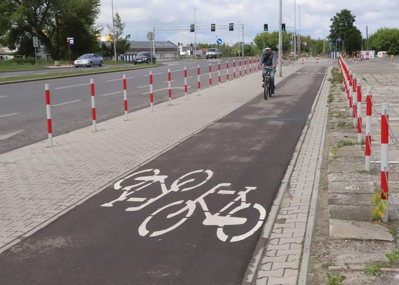 Ścieżka rowerowa wzdłuż Szarych Szeregów