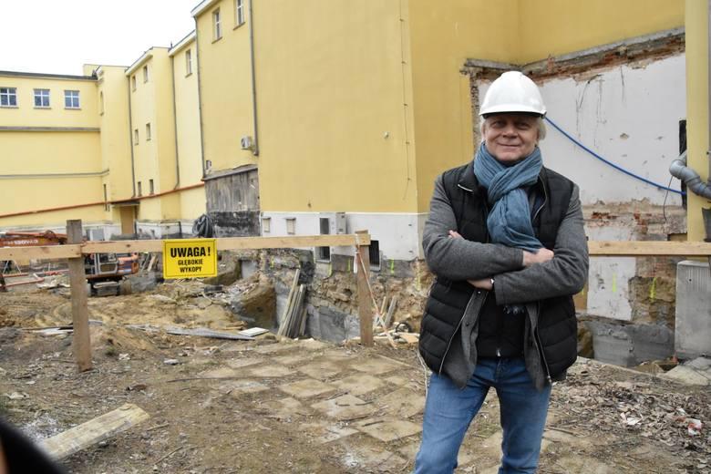 Wiosna 2019 r. Rozbudowa i modernizacja Muzeum Ziemi Lubuskiej w Zielonej Górze. Tu, na podwórku muzeum, odkryto ciekawe znaleziska.