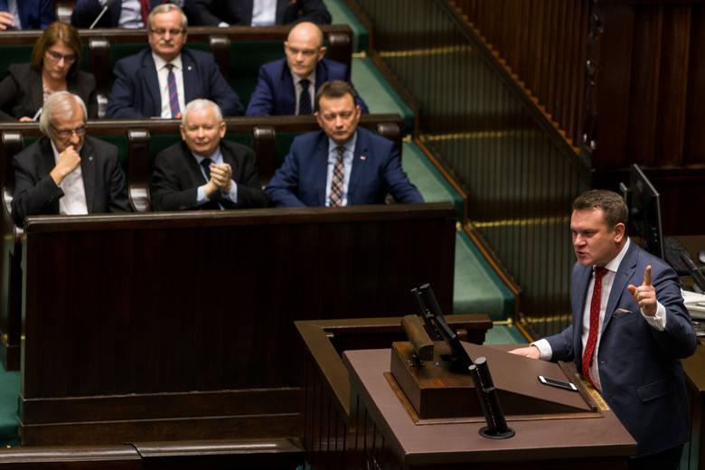 Donald Tusk nie wystartuje w wyborach prezydenckich. Dominik Tarczyński: Przewodniczący Tusk jest po prostu tchórzem