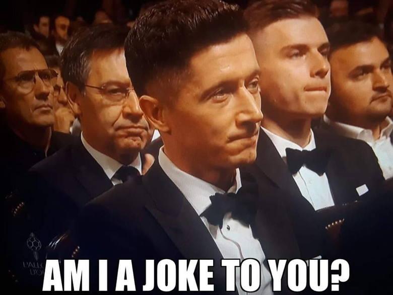 Leo Messi zdobył swoją szóstą Złotą Piłkę w karierze. Na podium znaleźli się jeszcze Virgil van Dijk i Cristiano Ronaldo. Robert Lewandowski - ku niezadowoleniu