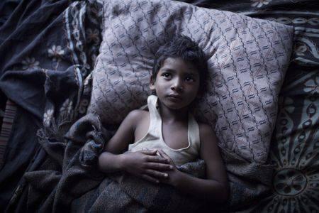 """""""Lion"""" - reżyseria: Garth Davis, zdjęcia: Greig Fraser. """"Oparta na faktach historia pięcioletniego hinduskiego chłopca imieniem"""