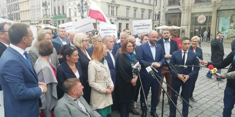 Będzie debata Małgorzaty Kidawej-Błońskiej z Jarosławem Kaczyńskim? Mocny start kampanii kandydatki Koalicji Obywatelskiej na premiera