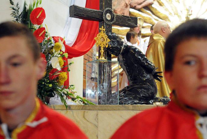Relikwie ks. Popiełuszki już na Wyżynach