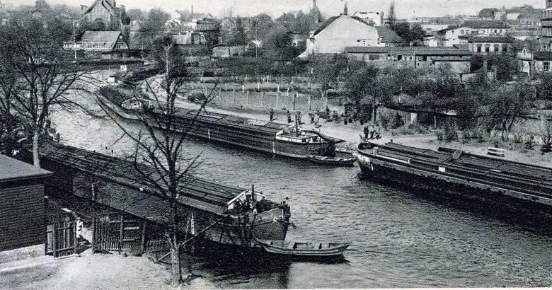 Nieznany epizod z dziejów PRL - rosyjskie barki na Wiśle i Brdzie