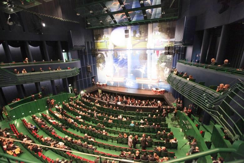 OiFP: Akustyka w operze do naprawy (zdjęcia)