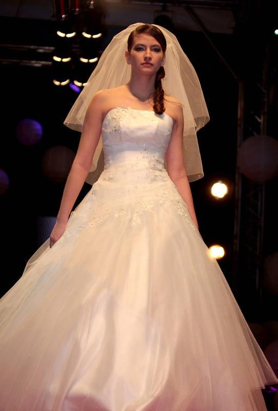 Podczas targów będzie można podziwiac propozycje najmodniejszych sukien ślubnych.