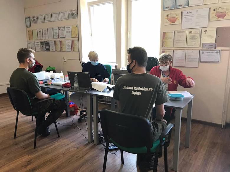 Uczniowie Zespołu Szkół imienia dr Heleny Spoczyńskiej w Lipinach w powiecie przysuskim ponownie oddali krew potrzebującym. Ta niedawna akcja była tym