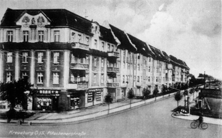 Ulica Byczyńska Byczyńskiej (wówczas Pitschenstrasse) w Kluczborku przed wojną.