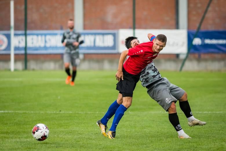 Chemik Moderator Bydgoszcz przegrał na własnym stadionie ze Sportisem Łochowo 0:2 w meczu 6. kolejki IV ligi. Goście zapewnili sobie triumf w samej końcówce,