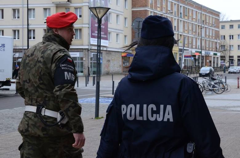 Patrole na ulicach Gdańska