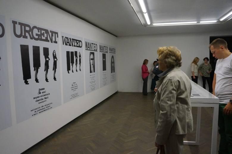 Galeria Arsenał. Wystawa Pozbawienie na festiwal Wschód Kultury/Inny Wymiar (zdjęcia, wideo)
