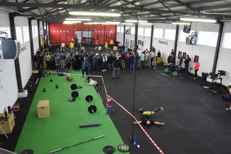 W sobotę (6 lutego) w Zielonej Górze odbyły się ogólnopolskie zawody CrossFit. Organizatorem był box CrossFit 8K48, który obchodził swoje pierwsze urodziny.