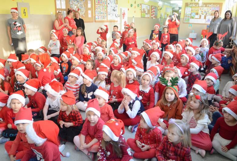 Mikołaj odwiedził przedszkolaki w przedszkolu publicznym nr 21 przy ZSP 2 w Radomiu