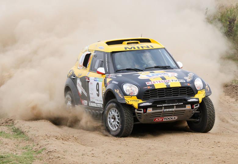 Martin Kaczmarski jest drugim Polakiem po Krzysztofie Hołowczycu, który jeździ autem Mini All4 Racing przygotowywanym przez X-Raid Team.