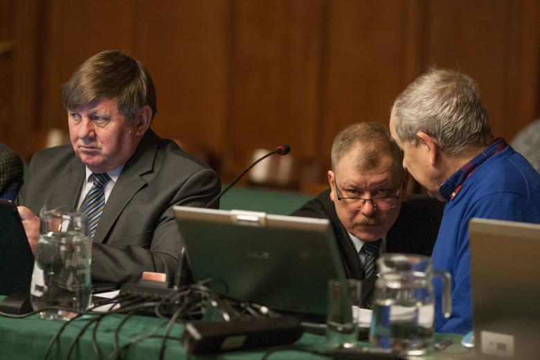 Sesja rady miasta. Słupscy radni za halą wartą 42 miliony złotych.