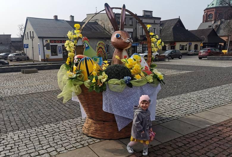Tak wygląda dziś świątecznie wystrojona na Wielkanoc Czeladź Zobacz kolejne zdjęcia/plansze. Przesuwaj zdjęcia w prawo - naciśnij strzałkę lub przycisk
