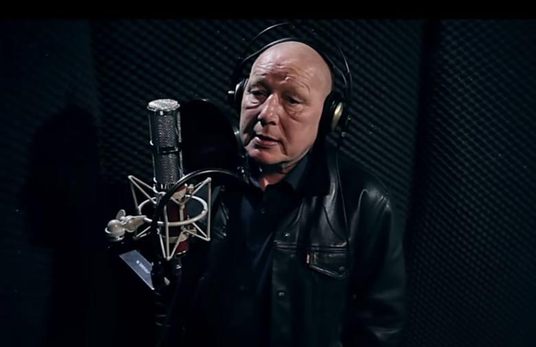Jasnowidz z Człuchowa rapuje do rockowego kawałka chojnickiego zespołu Kokon w akcji #Hot16Challange2