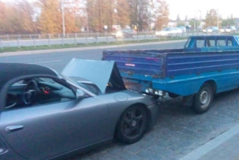 Wypadek na Trasie Górna. Porsche zderzyło się z... polonezem