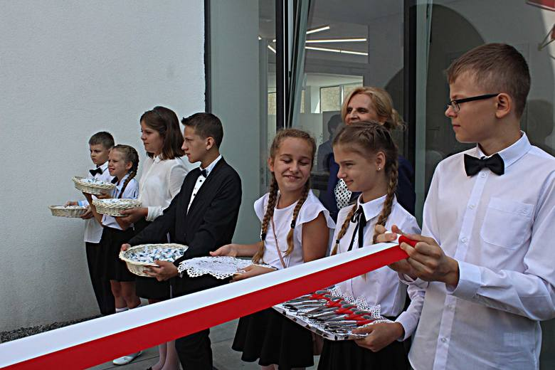 Otwarcie nowej szkoły w Kazimierzu Dolnym (ZDJĘCIA)
