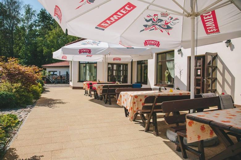 Po miesiącach zamknięcia restauracje mogą juz przyjmować gości, na początku tylko na zewnątrz, ale już to cieszy. Już od soboty 15 maja będzie można