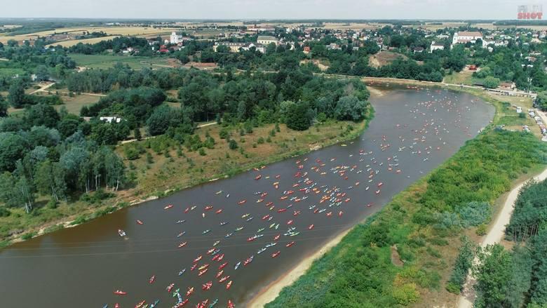 W Warce odbędzie się wielki spływ kajakowy z okazji jubileuszu 700-lecia miasta.