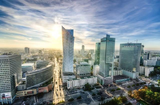 Warszawa w rankingu zajmuje 239 miejsce. To niska pozycja, ale najwyższa, jaką udało się zająć miastu z Polski. Oznacza to, że Warszawa to najdroższe