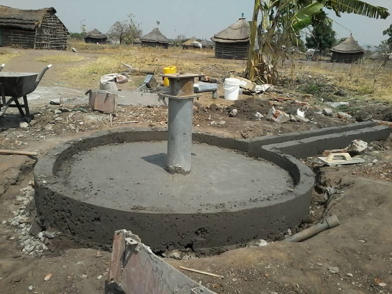 - Na świecie aż 663 miliony osób nie ma dostępu do wody pitnej - informuje Polska Akcja Humanitarna.