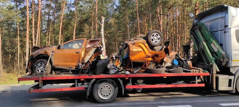 Wypadki w regionie radomskim w kwietniu. Podsumowanie miesiąca. Nieodpowiedzialni kierowcy i wielkie tragedie.Makabryczny wypadek na drodze krajowej