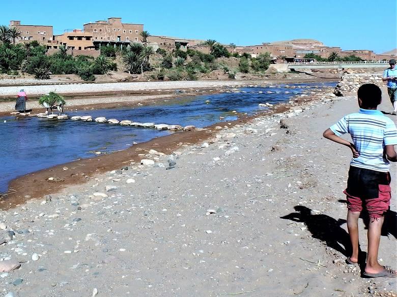 """""""Most"""" w Maroku. Za przejście trzeba zapłacić """"myto"""""""