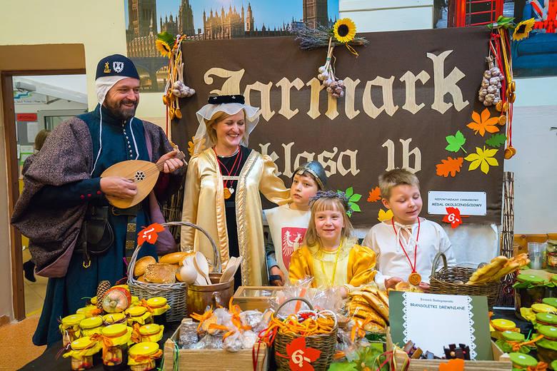 Nowy Sącz. Średniowieczny Jarmark w SP2