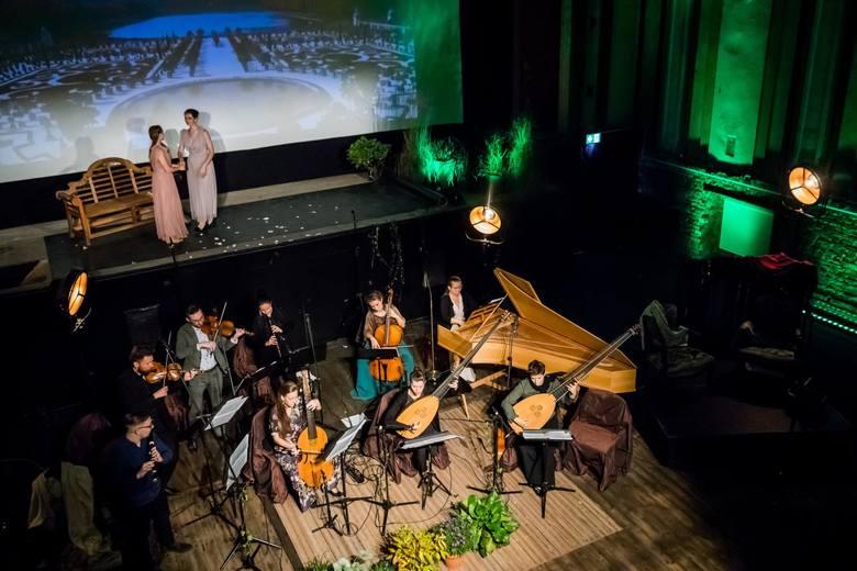 - Ten koncert jest spełnieniem naszych marzeń, by móc zaprezentować publiczności oblicze francuskiej muzyki barokowej, którą z jednej strony stanowią
