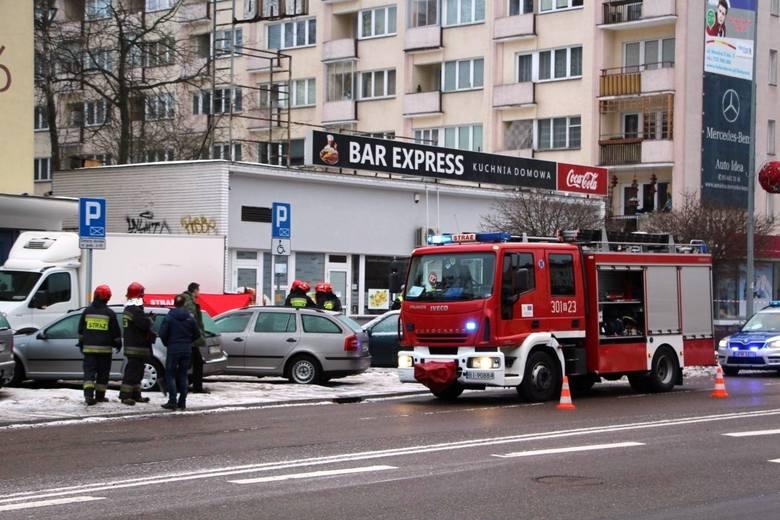 Śmiertelne potrącenie pieszej na chodniku przy ul. Skłodowskiej w Białymstoku. Kierowca dostawczaka trafi do więzienia na 16 miesięcy