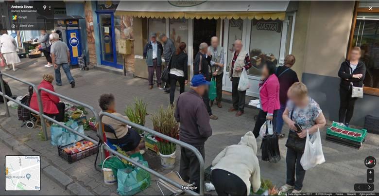 Zobacz zdjęcia radomian na Google Street View! W programie automatycznie zamazywane są ludzkie twarze i tablice rejestracyjne samochodów, ale na zdjęciach