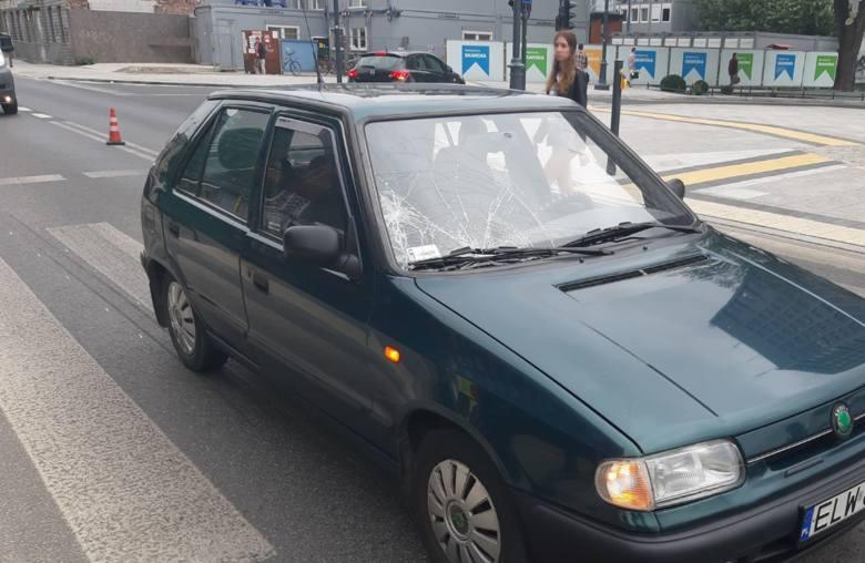 Kobieta potrącona przez samochód osobowy przy dworcu Łódź Fabryczna