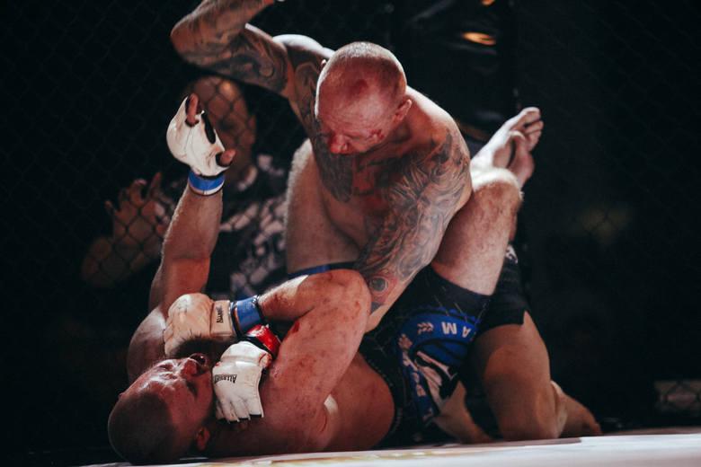 Oprawa organizacyjna na najwyższym poziomie i ciekawe walki zawodników w formule MMA i K1. Wyjątkowa gala ENVIO FIGHT NIGHT'17 za nami.W tym roku organizacja